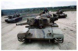 Farbfoto 3 Kampfpanzer M 60 im Gelände (Neudruck als Postkarte)