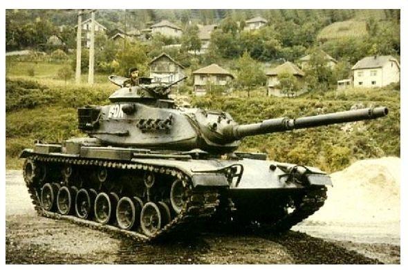 Altes Farbfoto Panzer M 60 Patton bei IFOR-Einsatz in Jugoslawien (Neudruck als Postkarte)