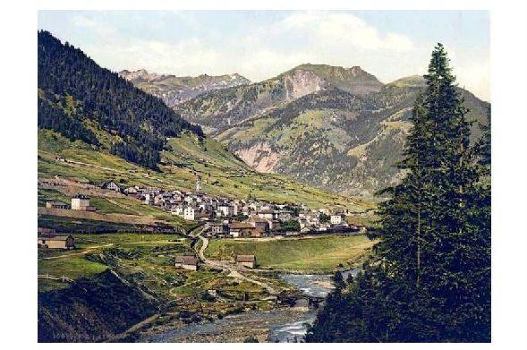 Altes Photochrome-Farbfoto Panorama von Airolo (Neudruck als Postkarte)