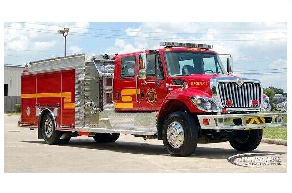 Farbfoto Werkfoto Löschfahrzeug der Feuerwehr von Palestine in Texas (Neudruck als Postkarte)