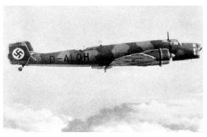 Altes Foto Junkers Ju 86 im Flug (Neudruck als Postkarte)