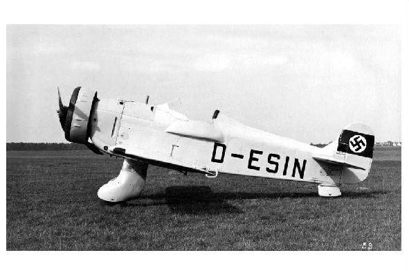 Altes Foto Versuchsflugzeug Blohm & Voss Ha 136 V1 (Neudruck als Postkarte)