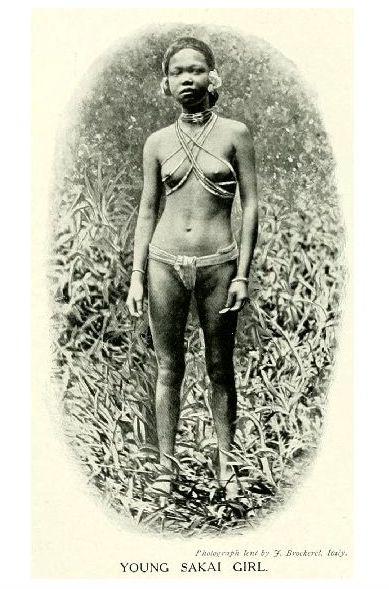 Altes Foto Junge Frau der Sakai (Neudruck als Postkarte)