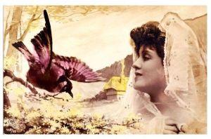 Alte Künstlerkarte Frau mit Kopftuch beobachtet einen Vogel (Neudruck als Postkarte)