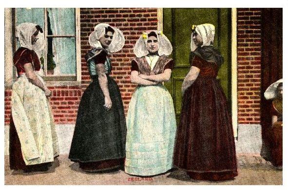 Alte Farb-AK Frauen in Tracht von Zeeland (Neudruck als Postkarte)