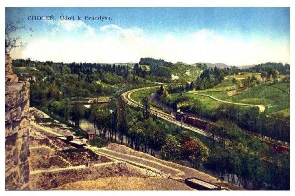 Alte Farbfoto-AK Eisenbahn zwischen Chocen und Brandysu (Neudruck als Postkarte)