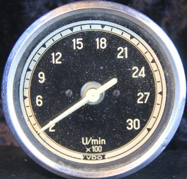 Mercedes Benz Unimog VDO-Drehzahlmesser 1965