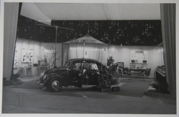 """Volkswagen Käfer Peilwagen """"Deutsche Bundespost"""" Originalphoto 1952"""