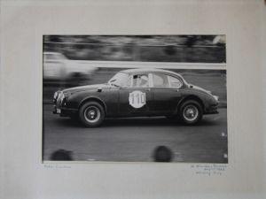 """Jaguar MK2 Originalphoto """"Peter Lindner beim 12 Stunden-Rennen Nürburg-Ring August 1963"""""""