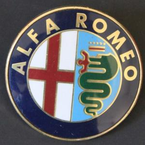 Alfa Romeo Spider Kühler-Emblem Kunststoff 1990