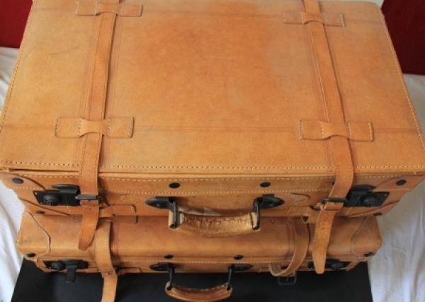 Zwei Leder-Reisekoffer für Oldtimer 1970 2