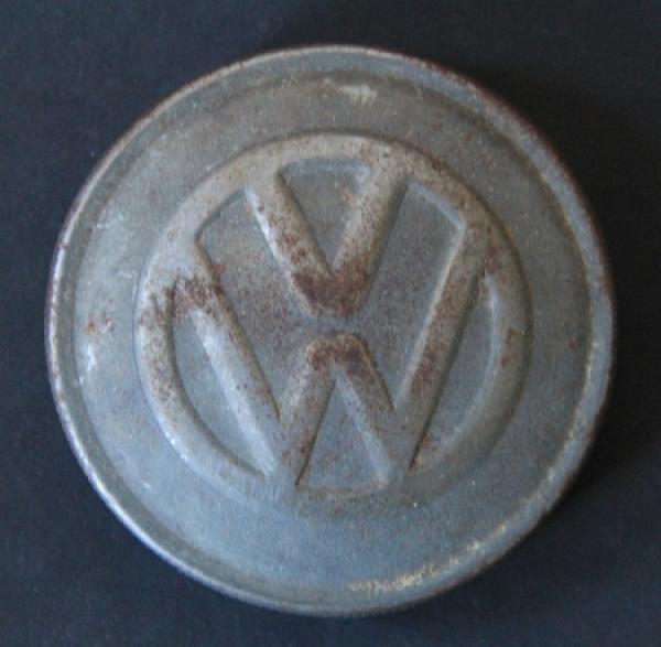 Volkswagen Käfer Verschlussdeckel mit Emblem 1955
