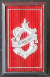 Oldsmobile 98 Kühleremblem Metall 1977