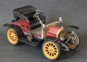 Schuco Opel Doktorwagen 4/8 PS 1909 Metallmodell mit Frictionsantrieb