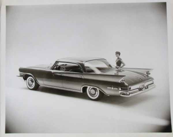 Chrysler New Yorker 350 Coupe Werksphoto 1960