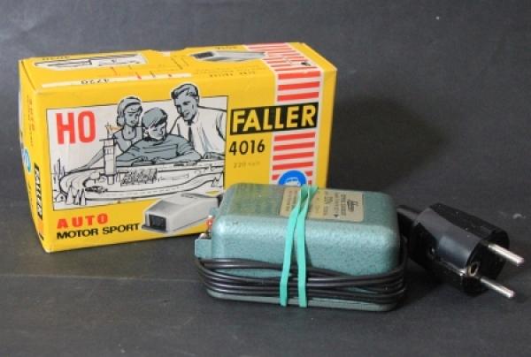Schuco Transformator-Trafo 220 V Siemens-Schuckert mit Faller Box 1960