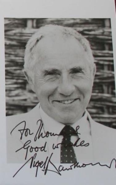 Nigel Hawthorne original signierte Autogrammkarte 1990