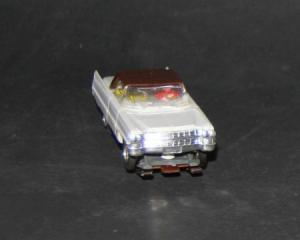 Faller AMS Cadillac Coupe Kunststoffmodell mit Motor 1964