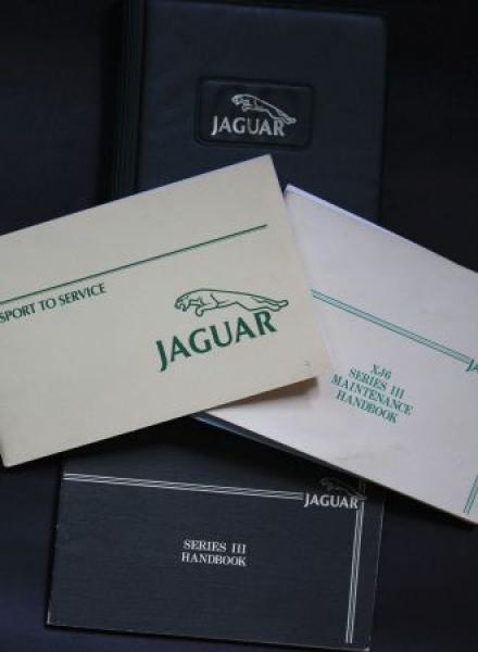 Jaguar XJ6 Series III Bordmappe mit Betriebsanleitung und Serviceunterlagen 1985