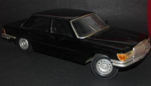 Gama Mercedes Benz 450 SE Kunststoffmodell 1975