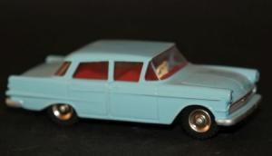Dinky England Opel Kapitän 1960 Metallmodell