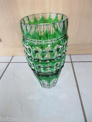 Wunderschöne große alte Bleikristall Vase grün Überfangglas handgeschliffen