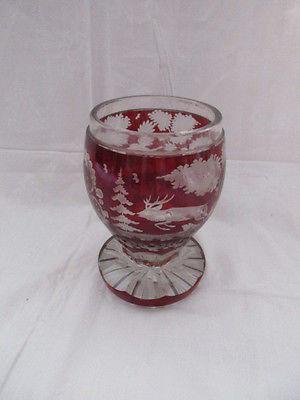Böhmen altes Bleikristall Glas Pokal rotes Überfangglas Jagd