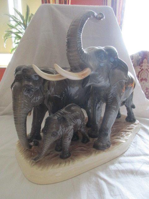 Hertwig & Co Katzhütte XXL Elefantenfamilie Elefanten Herde TOP Höhe 36 cm 1
