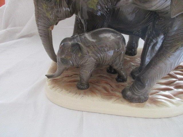 Hertwig & Co Katzhütte XXL Elefantenfamilie Elefanten Herde TOP Höhe 36 cm 4