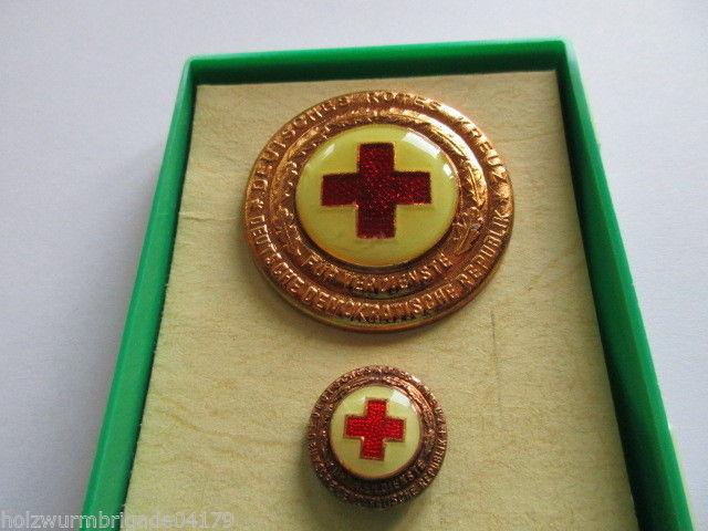 DDR Abzeichen DRK Ehrenzeichen des DRK der DDR   Bronze mit Miniatur