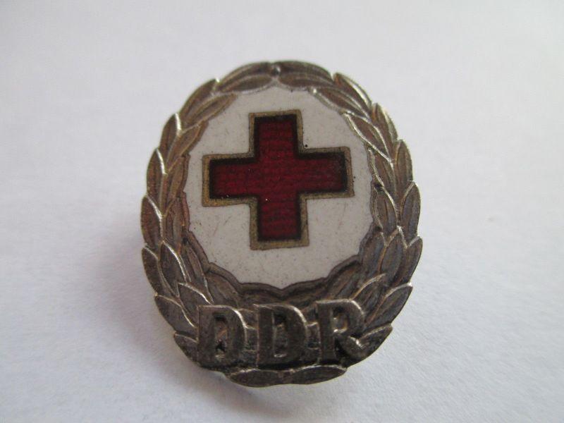 Rotes Kreuz Abzeichen DDR  emailliert silber