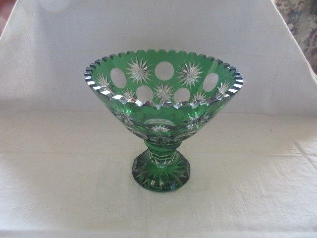 Seltene alte Bleikristall Schale Fußschale Tafelaufsatz grünes Überfangglas