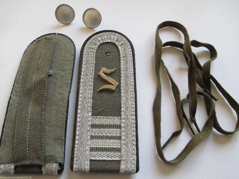 NVA 1 paar Schulterstücke Offiziersschüler Pioniere  4 Lj.  schwarz 1