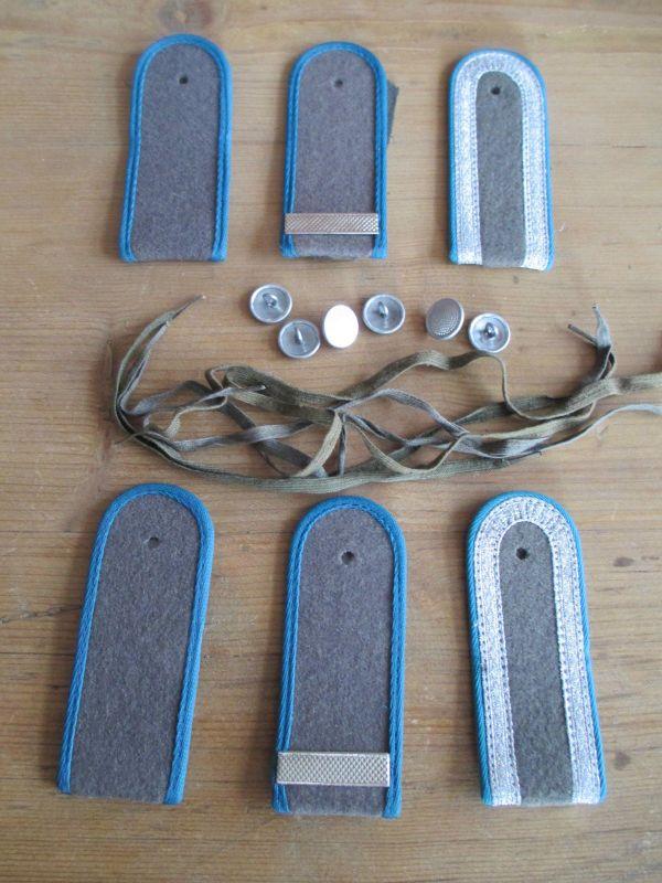 NVA    3 paar Schulterstücke  Luftstreitkräfte   Soldat/Gefreiter/Uffz.  blau