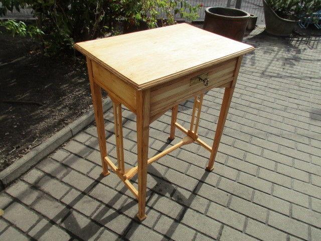 Alter Beistelltisch Tisch Esstisch Jugendstil Weichholz um 1900 4