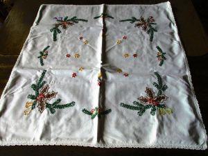 Alte Halbleinen Tischdecke Weihnachten Stickerei Handarbeit 60 x 60 cm