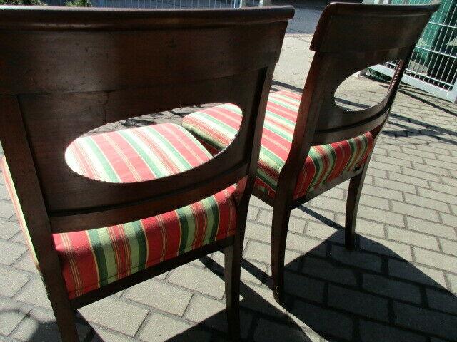 2 alte Stühle Nussbaum 5