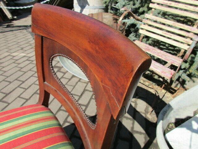 2 alte Stühle Nussbaum 8