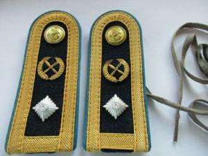 NVA VM  1 paar Schulterstücke  Marineflieger Meister