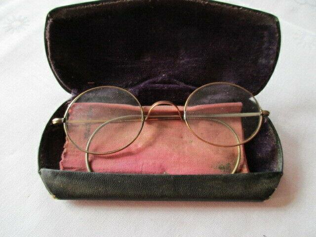 Altes Brillenetui mit Brille Franklin & Co Opticians Washington ( 2) 1