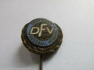 DDR  DFV  Deutscher Fußballverband   Ehrennadel  Eisen