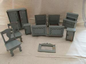 Puppenmöbel Schlafzimmer Betten Kommode Schrank Nachttische Spiegel Holz 40er J