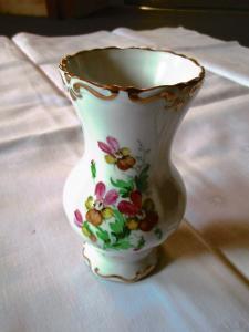 Weimarer Porzellan Vase Barock weiss Goldrand Blume H 14 cm