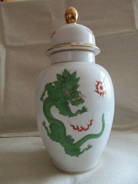 Freiberger Porzellan wunderschöne Deckelvase Vase grüner Drachen Ming 1