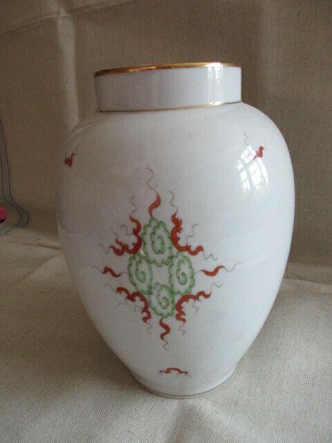 Freiberger Porzellan wunderschöne Deckelvase Vase grüner Drachen Ming 5