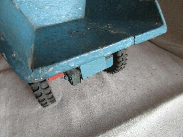 Dumper Holzauto der Firma ROFU  Magdeburg 4