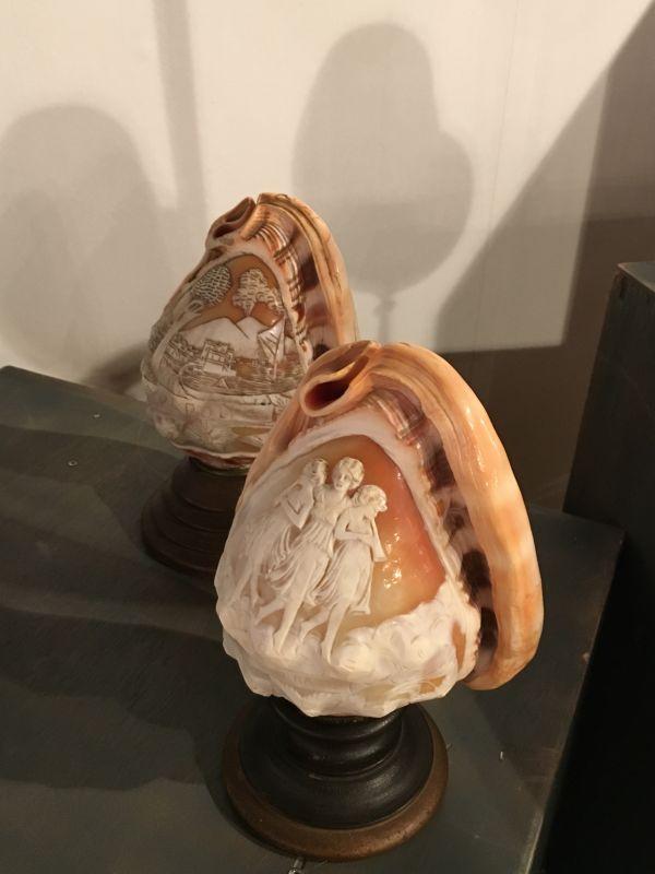 Zwei italienische Muscheln- Tischlampen