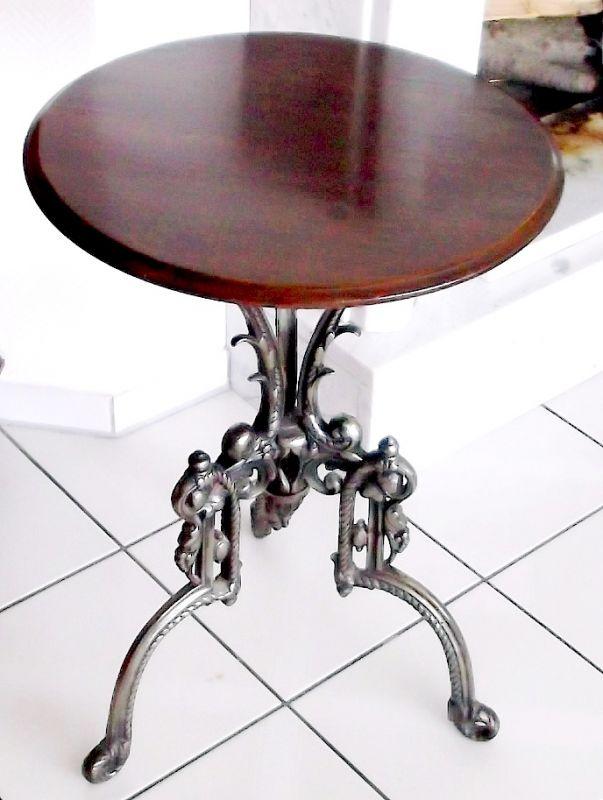 n htisch nach meiner meinung wahrscheinlich norddeutsch ankl nge an fl mischen barock. Black Bedroom Furniture Sets. Home Design Ideas