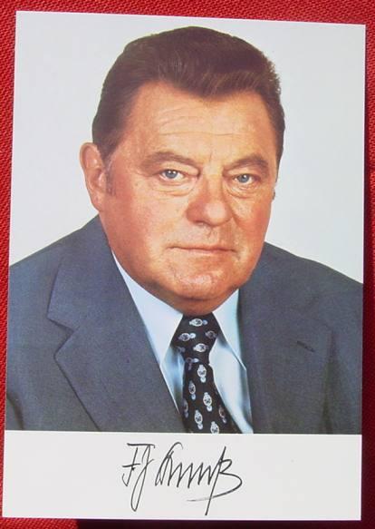 (2001394) Foto-Postkarte. Autogramm F. J. Strauß. Bayerischen Staatskanzlei 1978. Siehe bitte Beschreibung u. Bilder ...