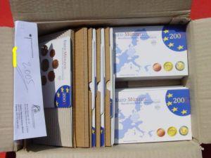 (1038887) 30 x Kursmünzen-Sätze Deutschland 2005. Spiegelglanz (PP) und Stempelglanz. Siehe bitte Beschreibung.
